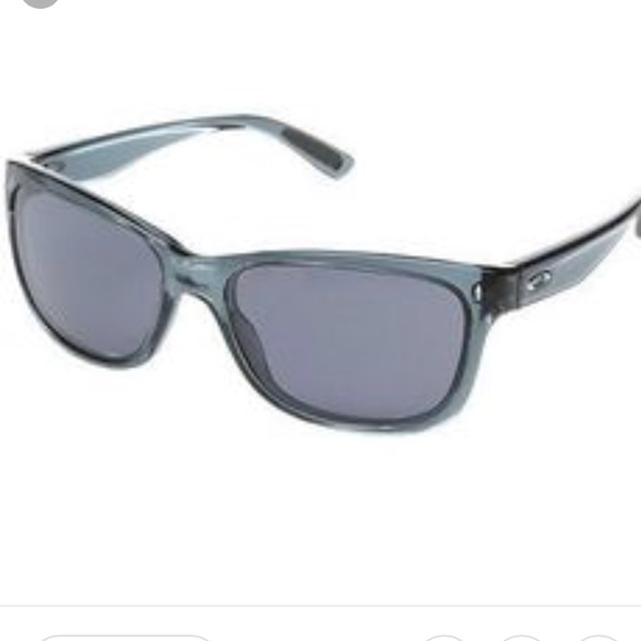 f9628e746db Oakley Forehand Sunglasses. M 5b47f85e2e147808b298089e
